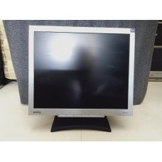 BenQ Q7T4 Desktop, 17 Inch LCD, TFT VGA Flat Screen Colour Monitor Black/Silver